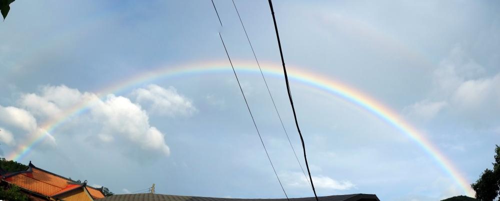 Rainbow_2020JUL24_bow_merge_4200px.jpg