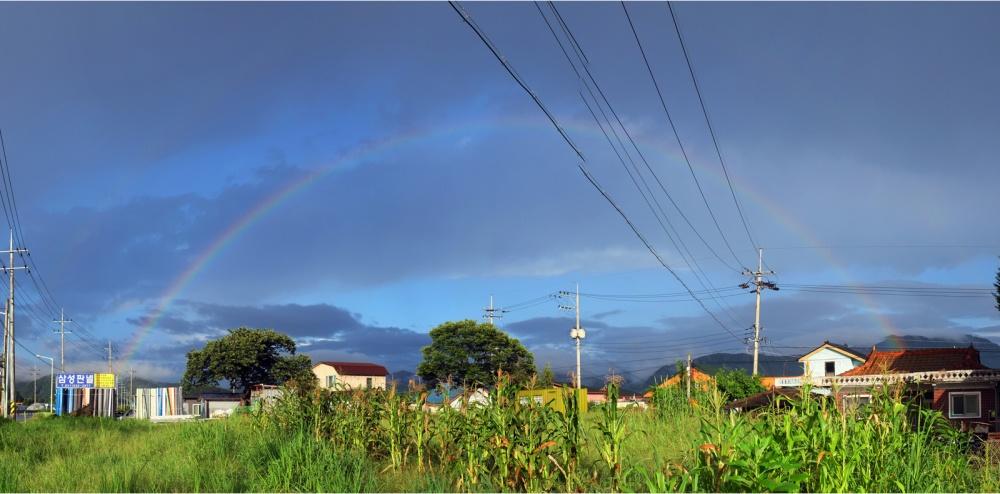 Rainbow_2017AUG11_1600px.jpg