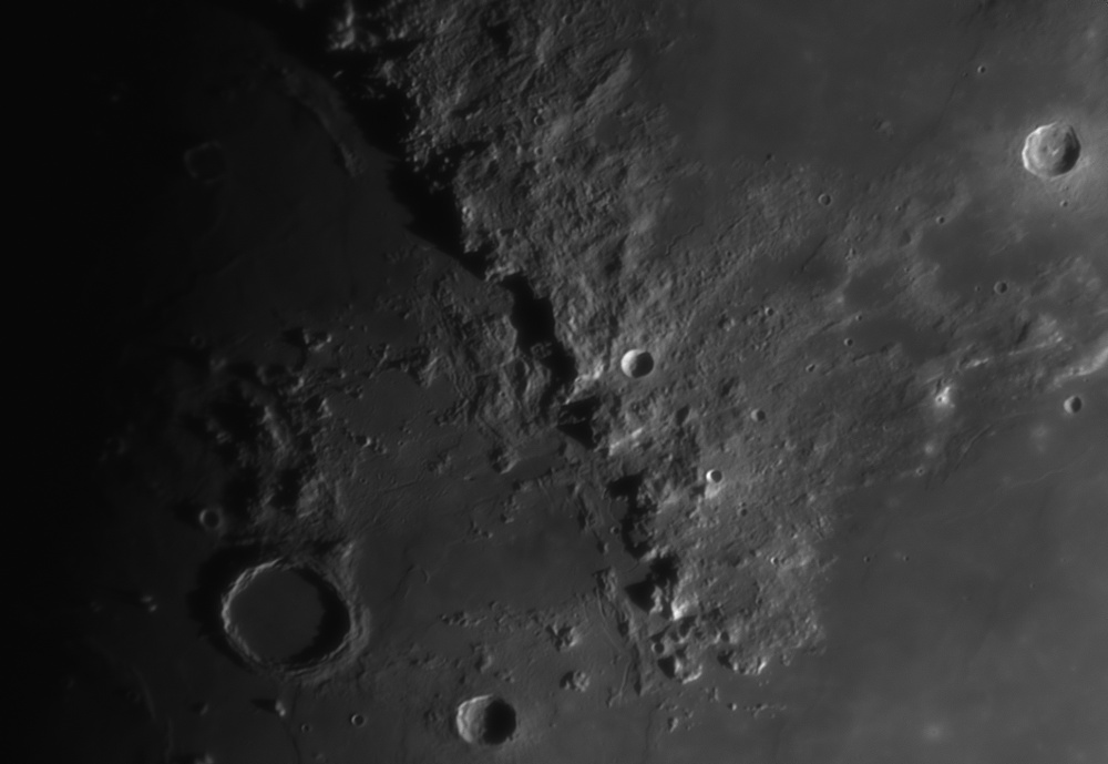 Montes Apenninus and Archimedes_2021FEB20_19_43_41.jpg