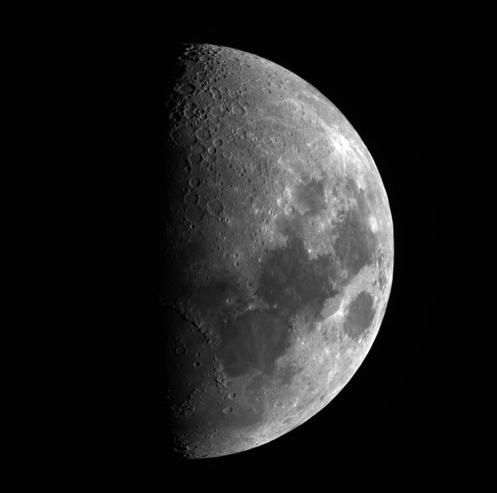 Moon_2021FEB20_19_28_22-2.jpg