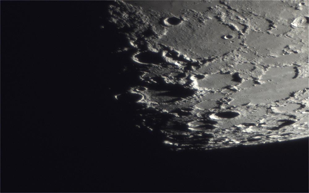 Moon_2018MAR25_20_10_00_1920px.jpg