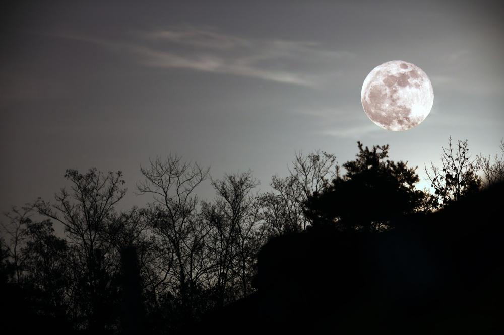 Full-Moon_2018JAN02_1600px5.jpg