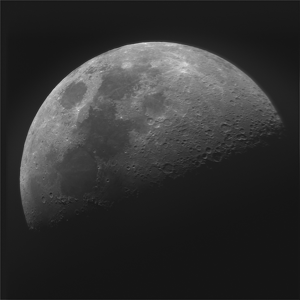 Moon_2019JUN10_20_33_00.jpg