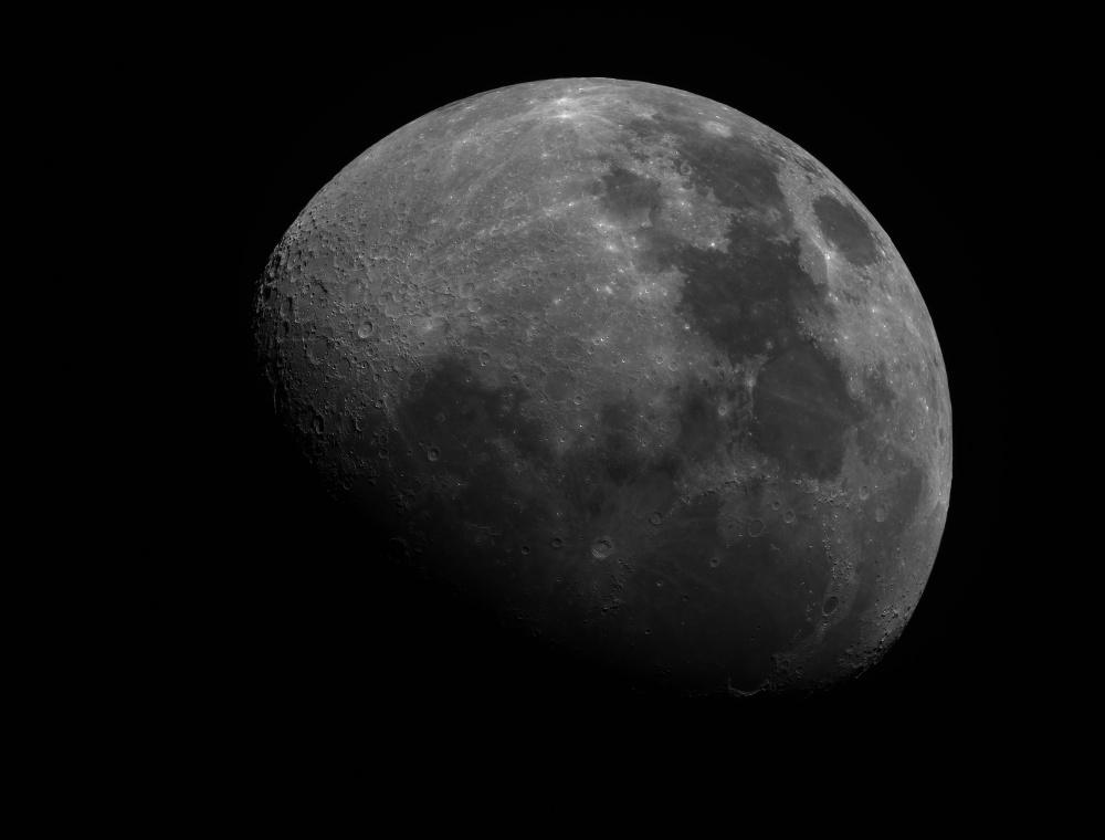 Moon_2020MAR05_19_48_02_3200px3.jpg