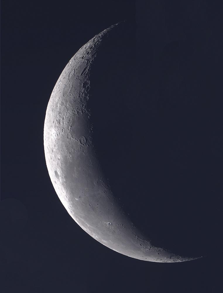 Moon_2018FEB11_1800px.jpg