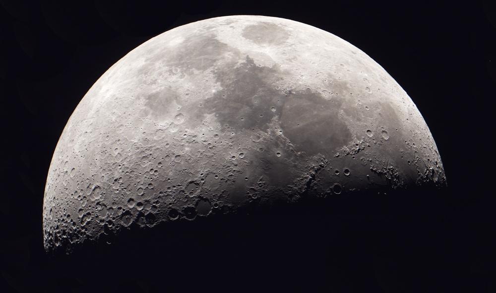 Moon_2017NOV26_2400px.jpg